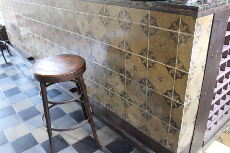cement_tile_vintage_gaudi
